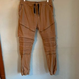 Carbon freedom flex articulated chino moto joggers